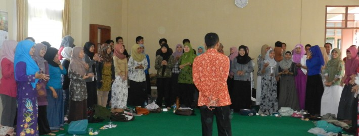 workshop mendongeng 14 Juni 2013 oleh Kak Bimo