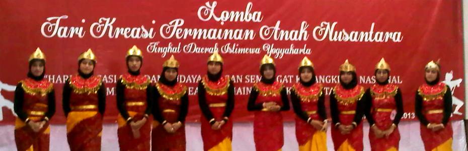 <marquee>Karya Tari Kreasi Permainan Anak Nusantara</marquee>